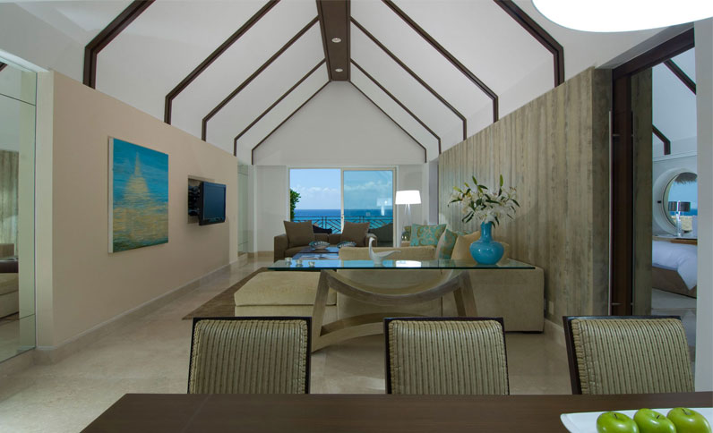 Living and Dining area in Ambassador Presidential Suite
