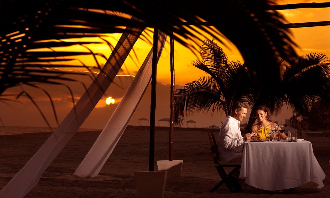 Grand Velas Riviera Maya Romantic Dinner - Mexico